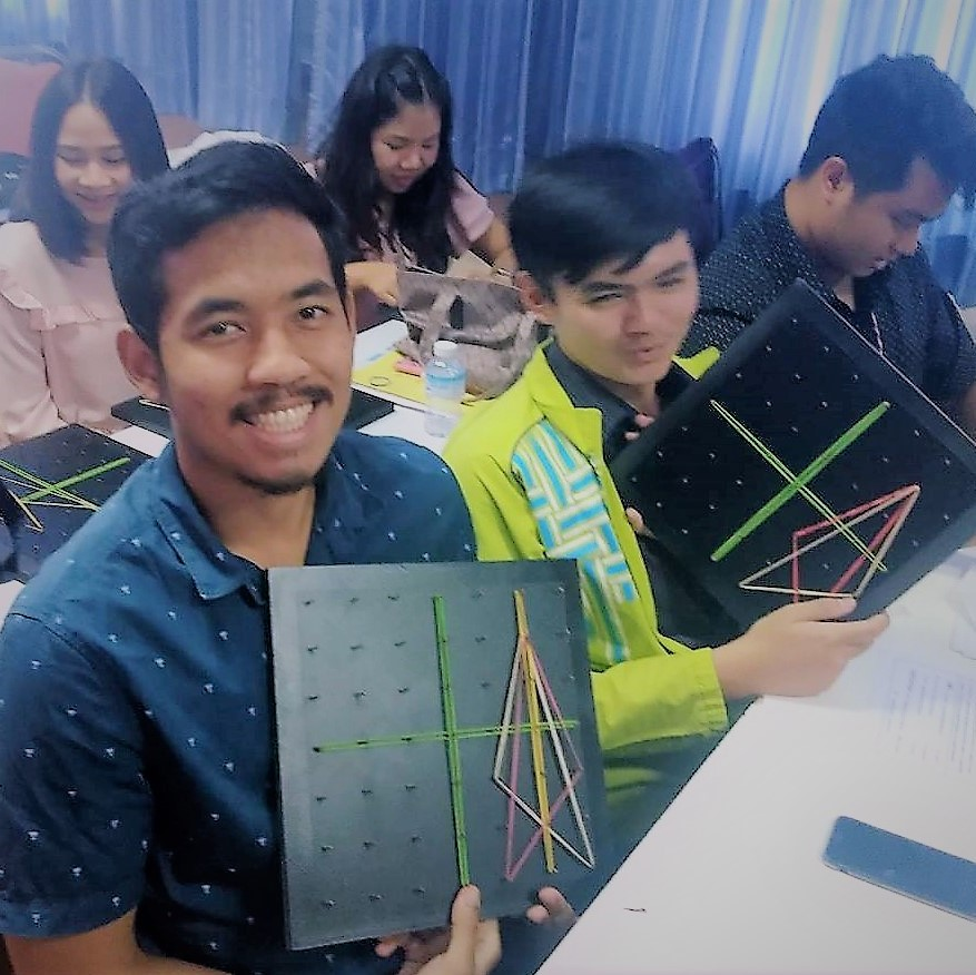 Geoboards Workshop at Maha Sarakham Rajabhat University_3