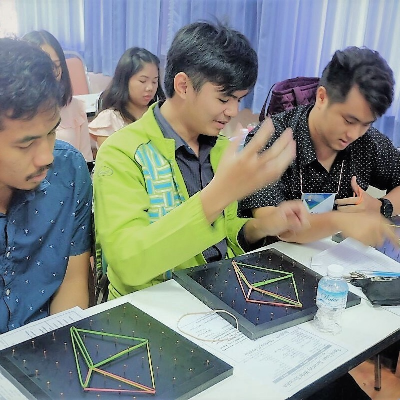 Geoboards Workshop at Maha Sarakham Rajabhat University_5